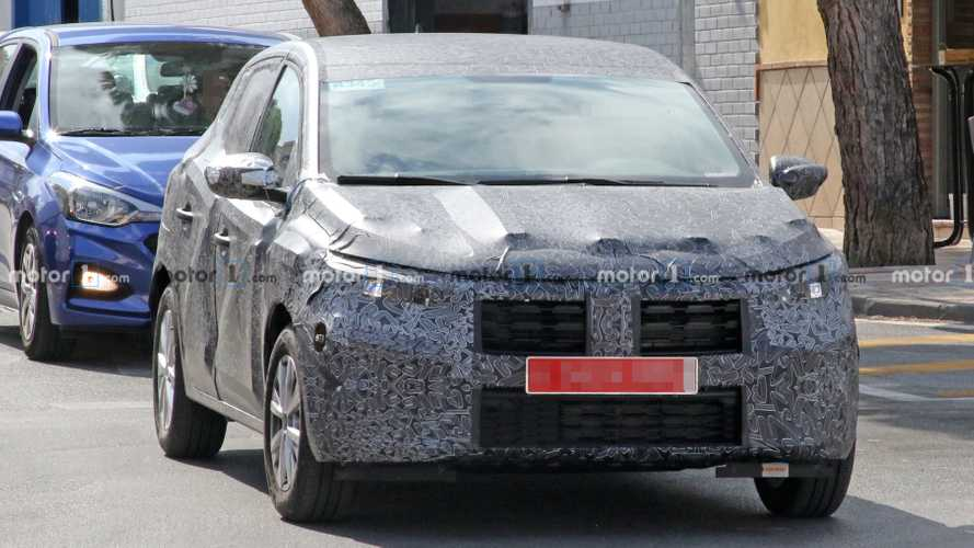 2021 Dacia Sandero spy photos