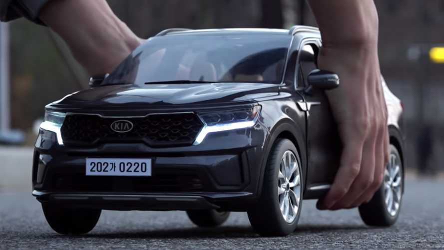2021 Kia Sorento 3D-Printed Scale Model Is Amazingly Detailed