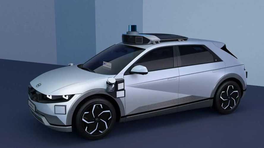 Hyundai Ioniq 5 Robotaxi for Motional