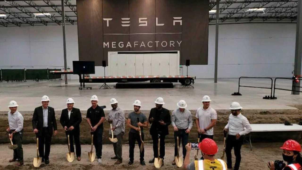 Tesla-Megafactory-hero