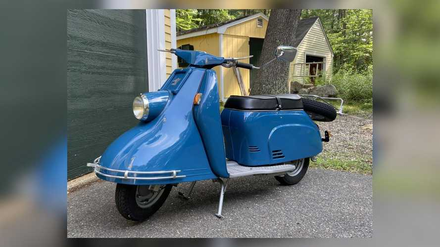 This 1960 Heinkel Tourist 103A-1 Is An Elegant Blast From The Past