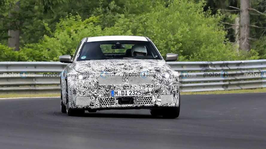 Nuova BMW M2, le foto spia dei test su strada pubblica