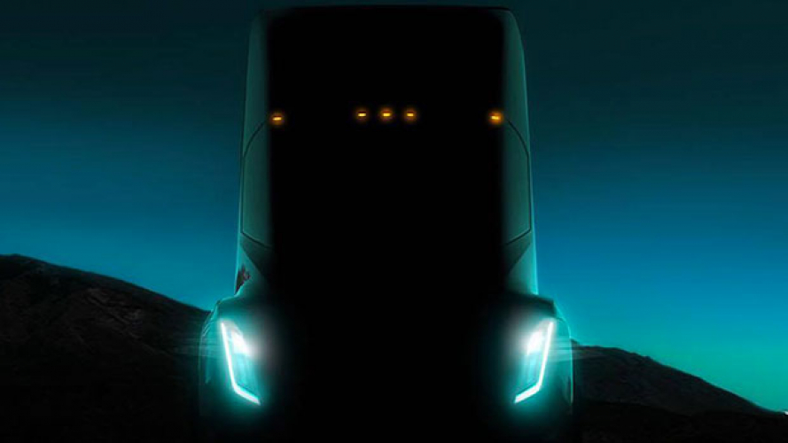 Testa Semi, Musk ha pronto il camion elettrico e autonomo