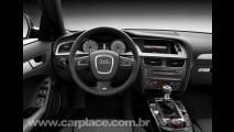 Audi divulga imagens da nova geração do sedan S4 e da station wagon Avant S4