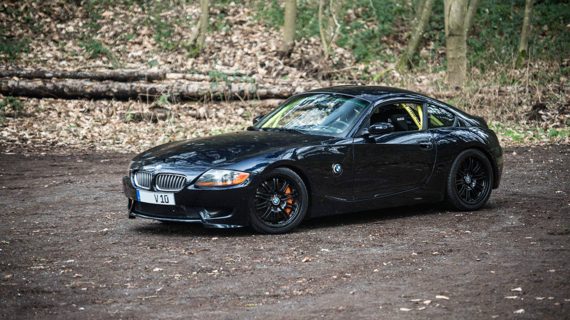 Custom Bmw Z4 Has The 550 Hp Heart Of A Dodge Viper