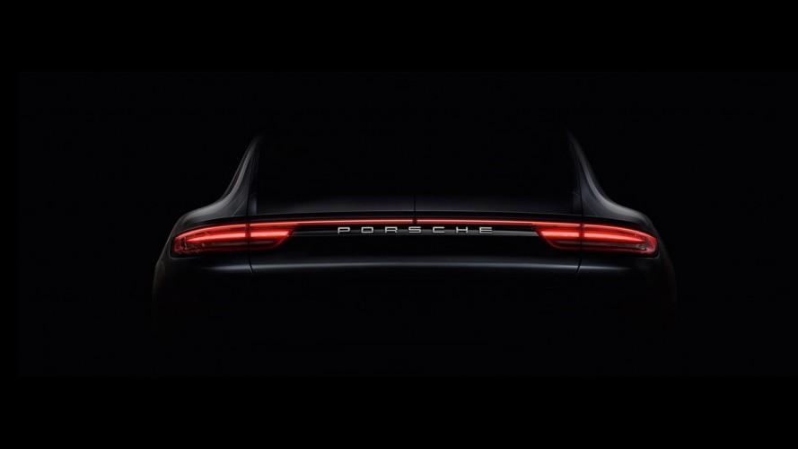 2017 Porsche Panamera'nın ilk görüntüleri yayınlandı