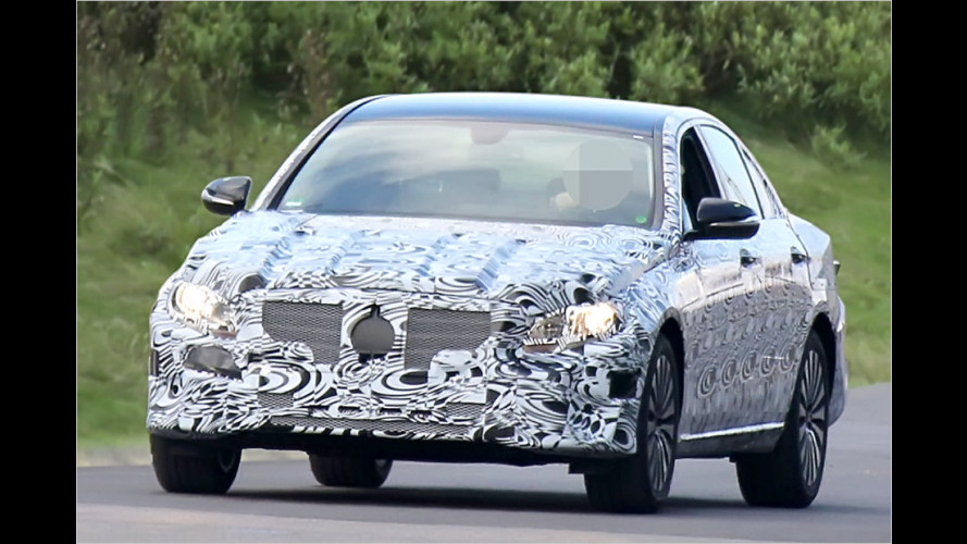 Erwischt: Mercedes E-Klasse