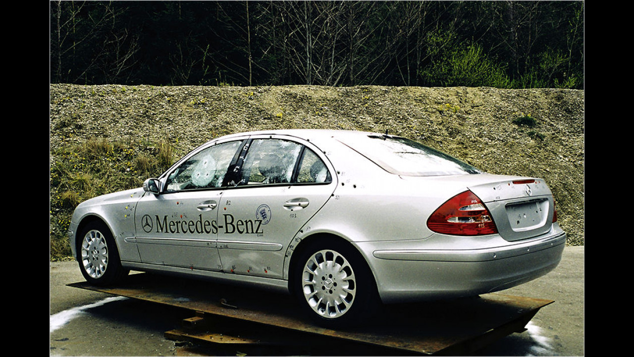 Mercedes W 211 Guard (2006)