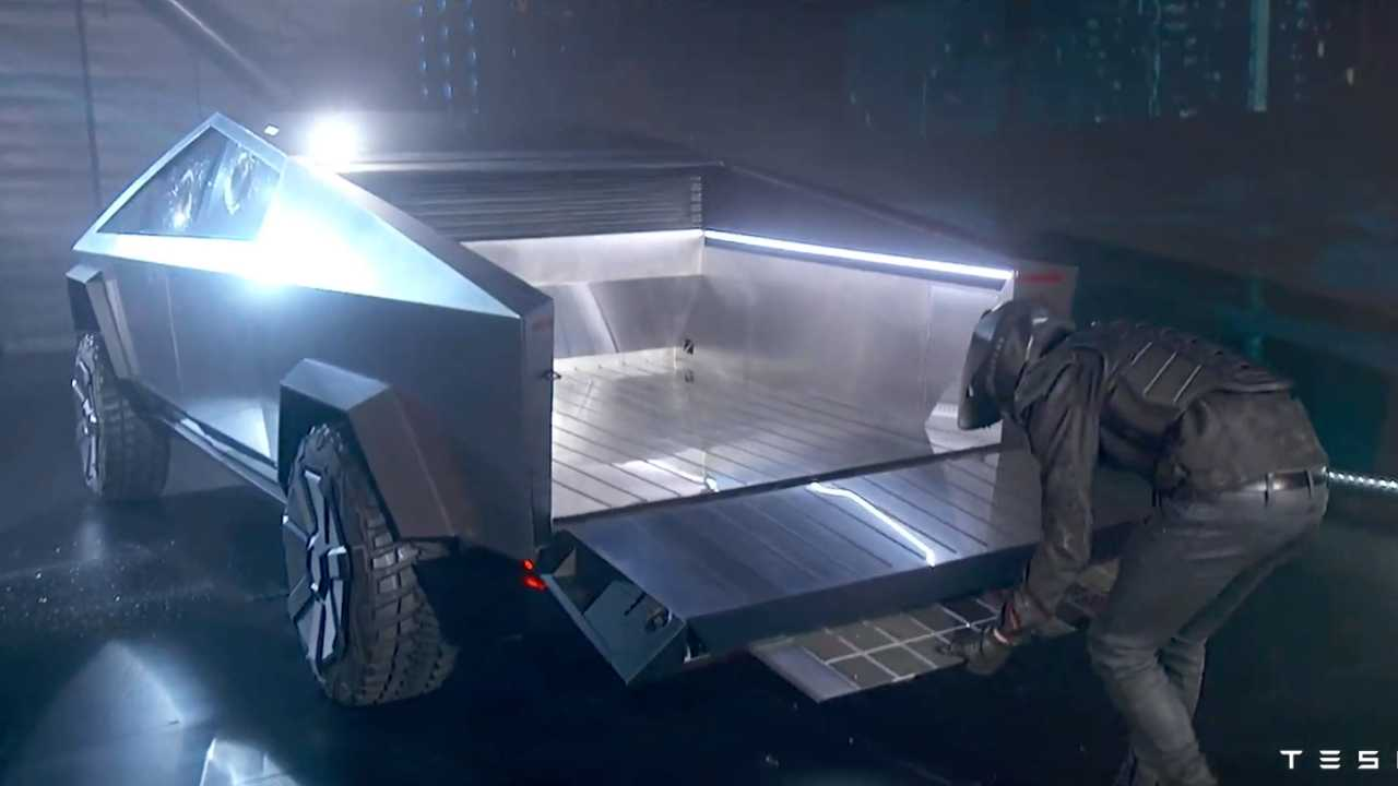 Tesla Cybertruck Debuts With Sci-Fi Personality And Gobs ...