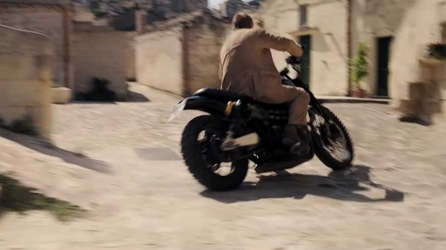 See Guy Martin and James Bond's Triumph Scramblers in London