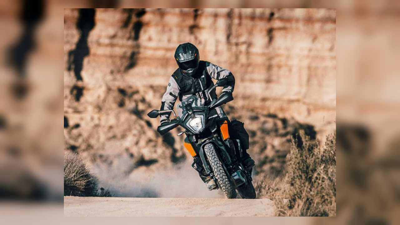 KTM 250 Adventure Action