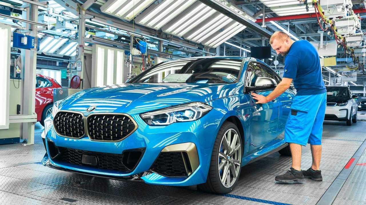 A BMW 2-es sorozatú Gran Coupe belép a gyártásba