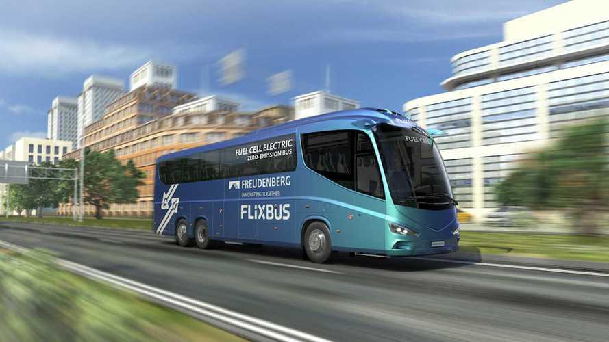 Flixbus prova l'idrogeno con 30 bus Freudenberg Sealing