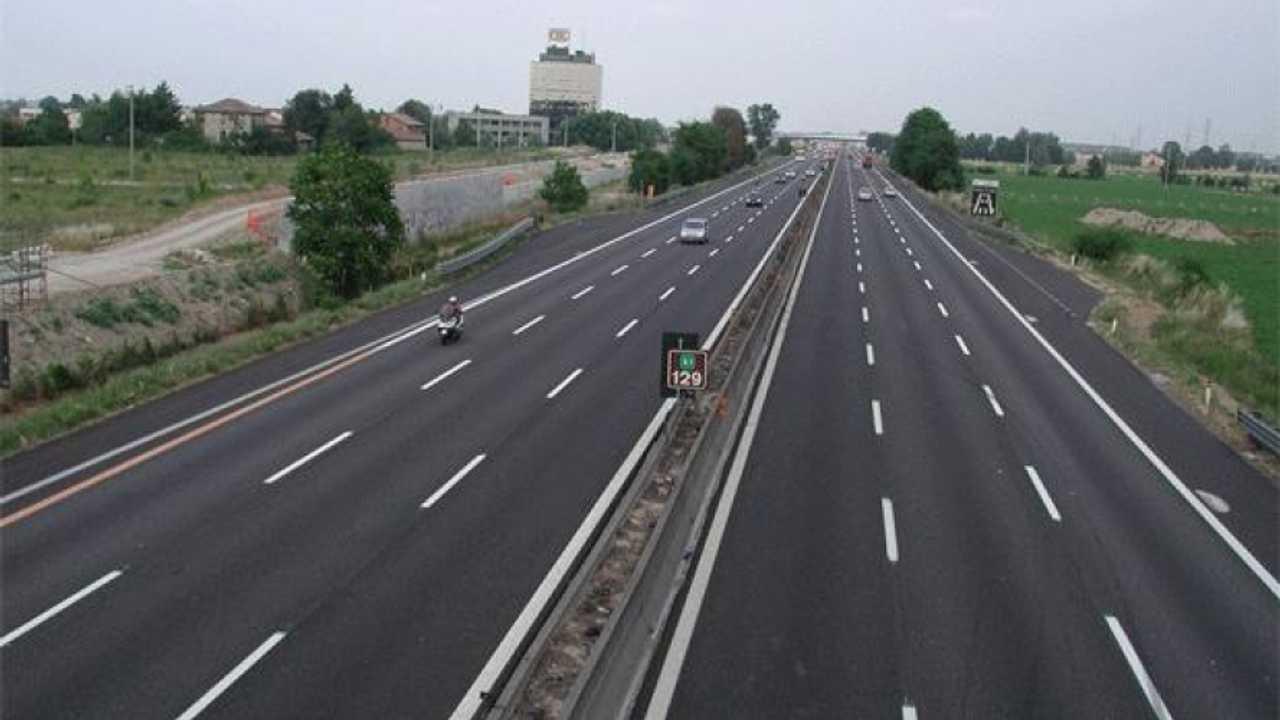 Autostrade: concessioni, polemica feroce