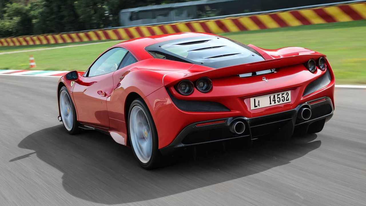 Essai Ferrari F8 Tributo