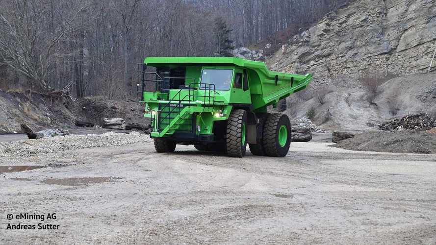 Svájcban készült el az eDumper, a világ legnagyobb elektromos járműve
