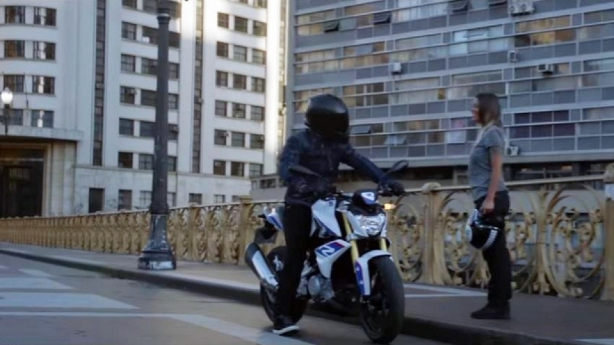 BMW G 310 R: arriva un nuovo promo [VIDEO]