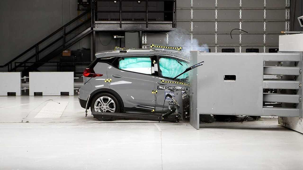 Chevrolet Bolt EV IIHS crash test