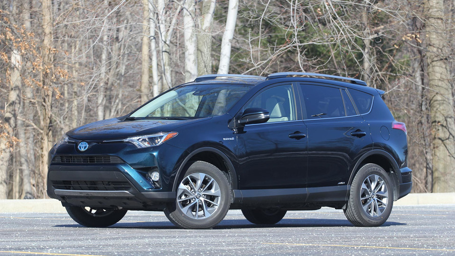 2017 Toyota Rav4 Hybrid Review In The Compeion S Crosshairs
