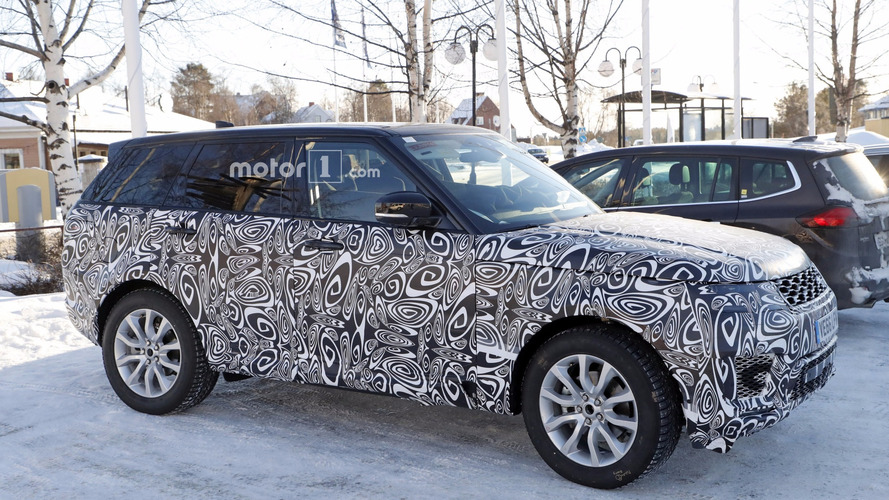 Range Rover Sport plug-in hybrid spied with different design