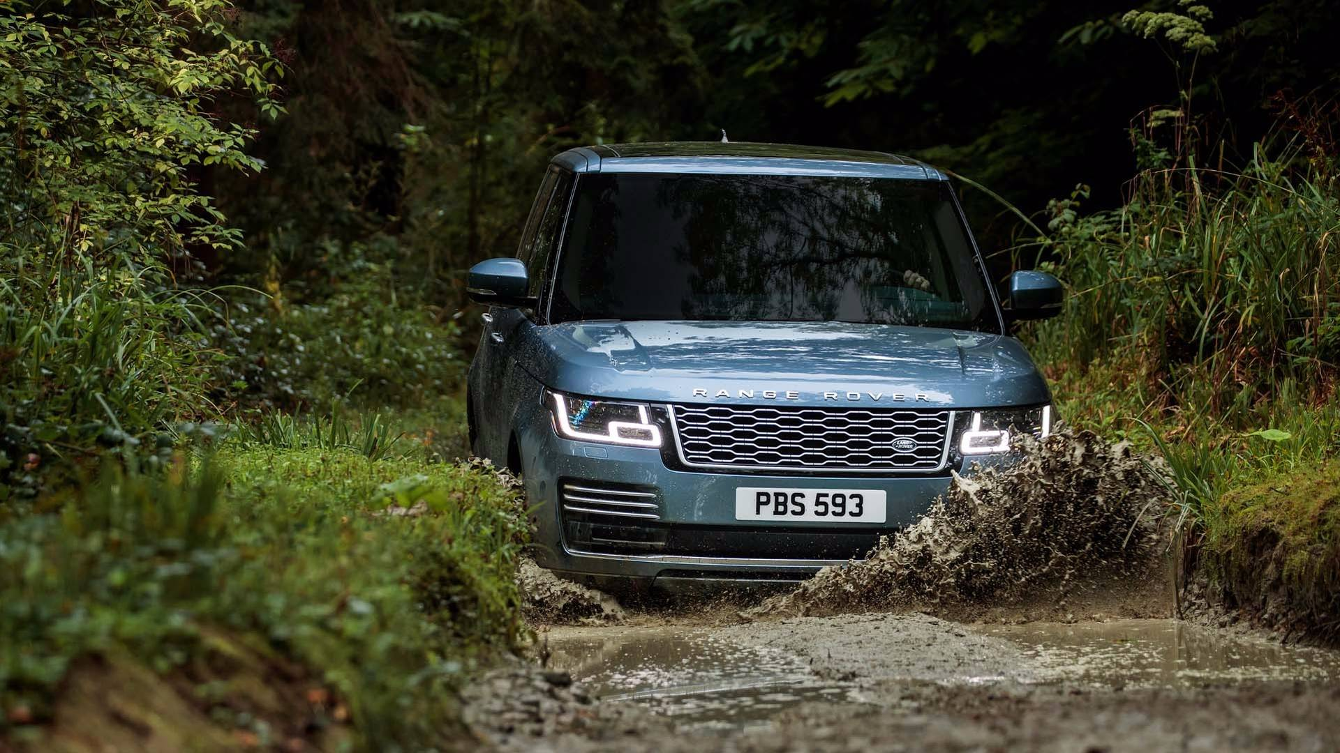 Land Rover Unveils Updated 2018 Range P400e Plug In Hybrid On The Main Black Socket Use Pin 5 Electric Brake