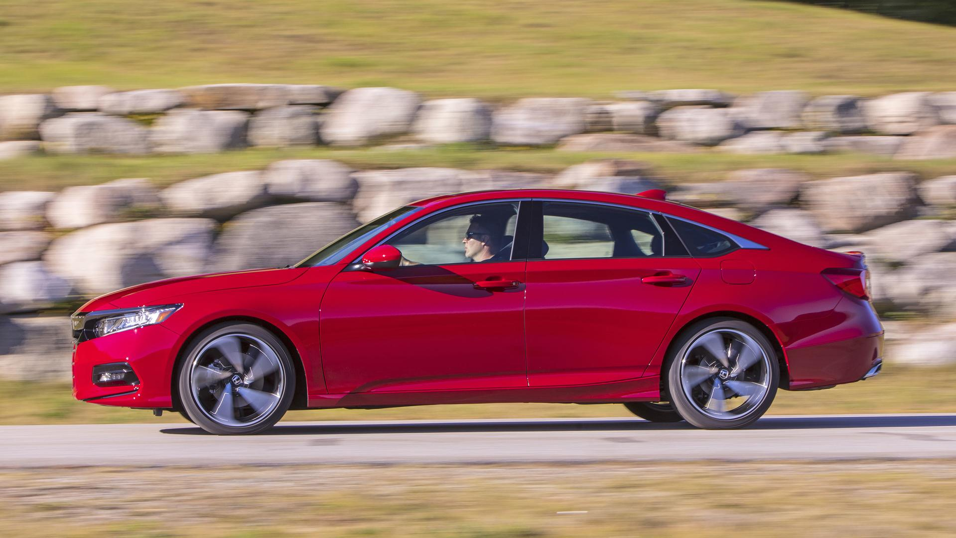 Slow-Selling Honda Accord Gets Up To $1,100 Price Cut On Lease
