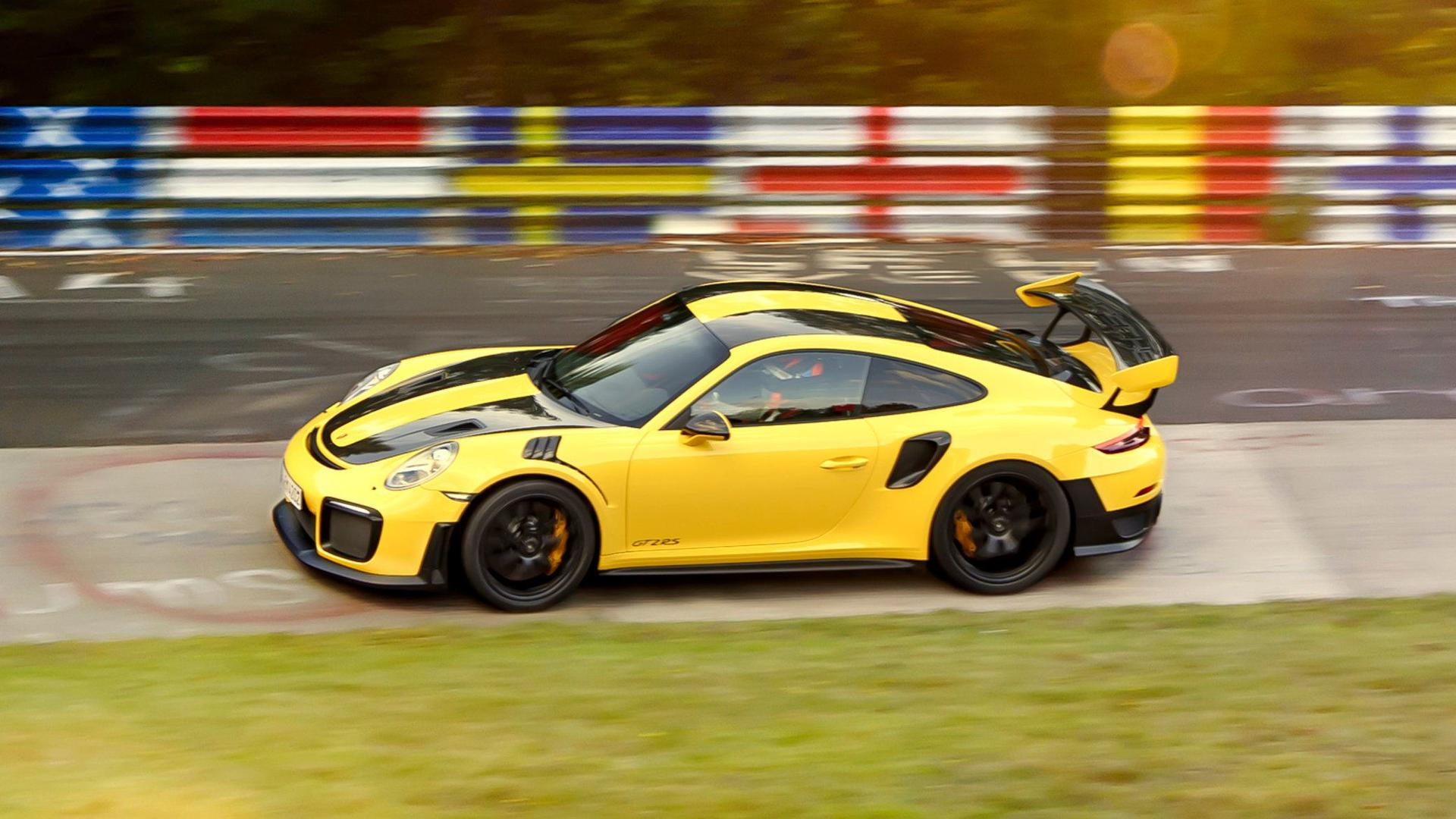 Porsche 911 Gt2 Rs Has Nurburgring Lap Record For Breakfast