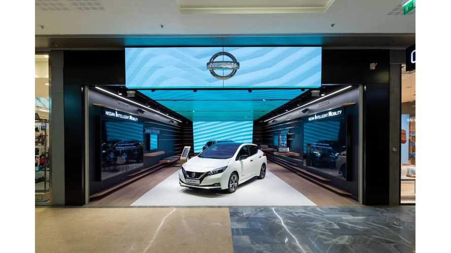Nissan Unveils City Hub Store In Paris, Reminds Us Of Tesla Stores: Video