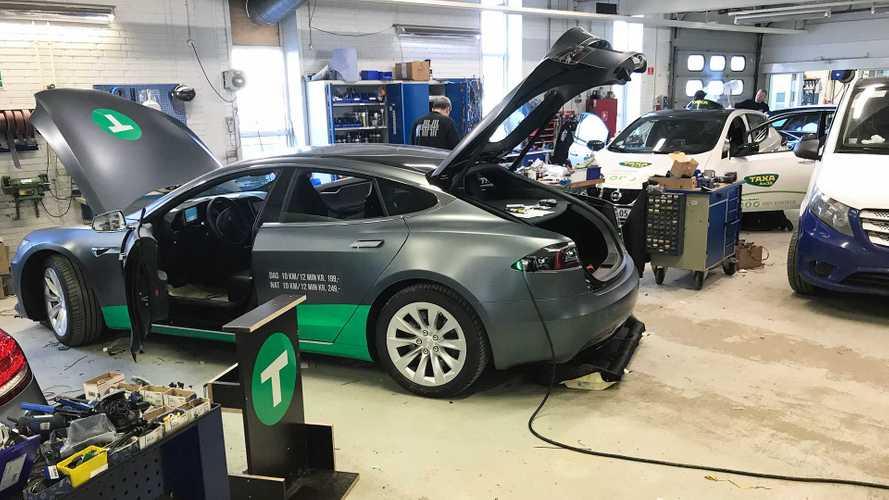 Ten Tesla Taxis Hit Copenhagen, Helping Reverse EV Decline