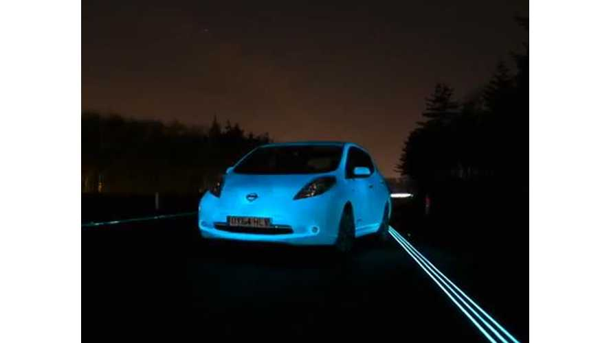 Nissan's Glow-In-The-Dark LEAF On Holland's Luminous Smart Highway - Video