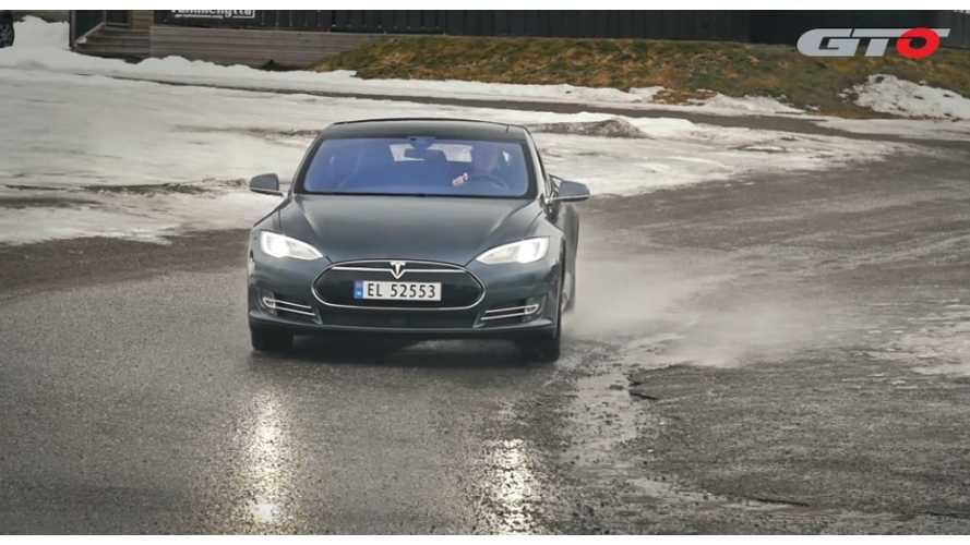 AutoWeek Road Test Of Tesla Model S P85D - Video