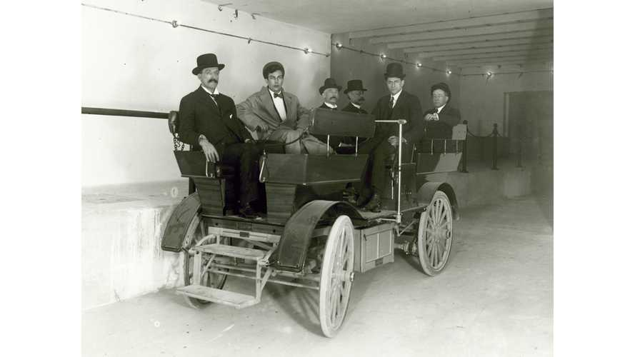 Early 1900s, U.S. Senate Owned Two Electric Cars That Travelled Underground