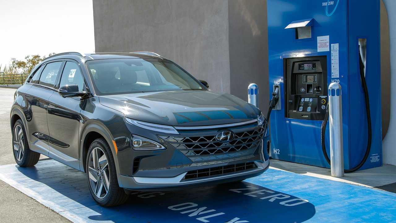 The Hyundai Nexo at a hydrogen-fueling station
