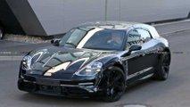 Porsche Taycan Sport Turismo 6