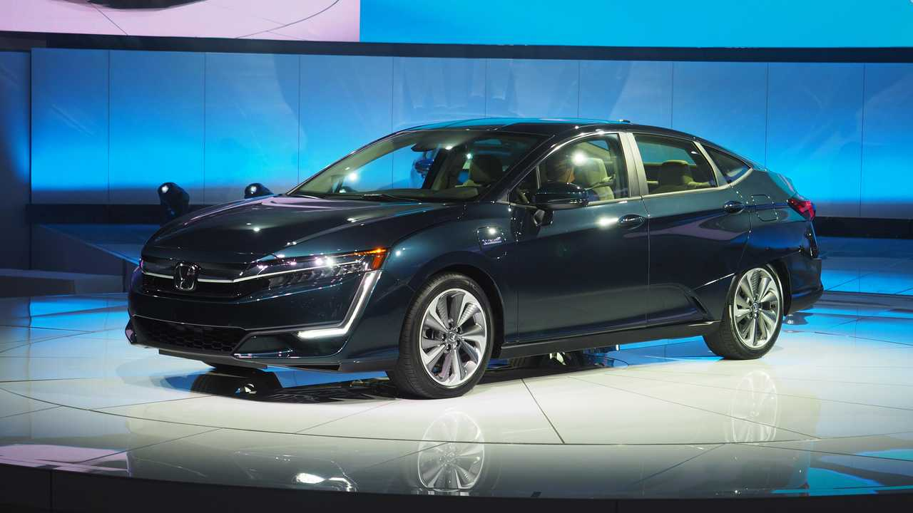 All-New Honda Clarity Plug-In Hybrid Debuted At The NY Auto Show In April (Photo:<br />InsideEVs/Sebastion Blanco)