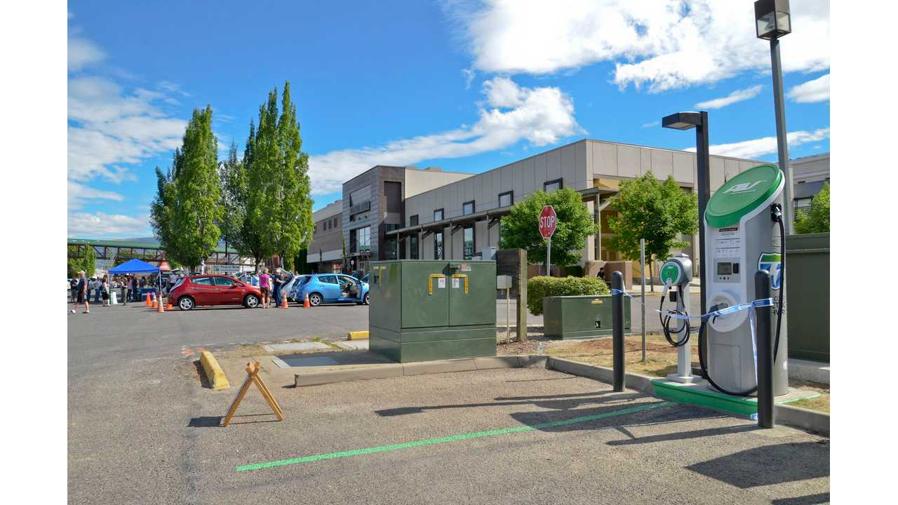West Coast Electric Highway charging station
