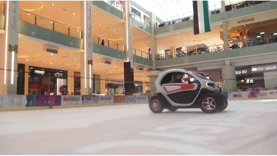 F1 Drivers Race In Renault Twizy EVs Inside Mall - Video