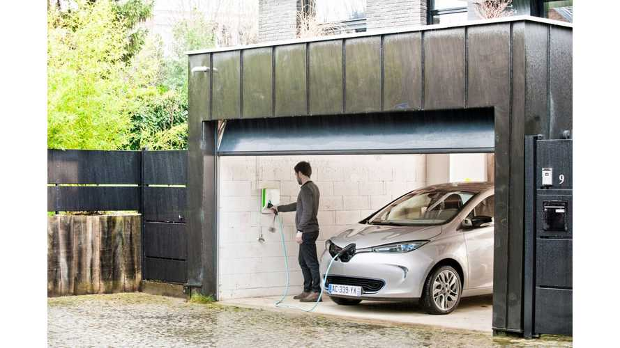 """""""I Made The Switch"""" - Renault ZOE Owner Tells His Story - Video"""