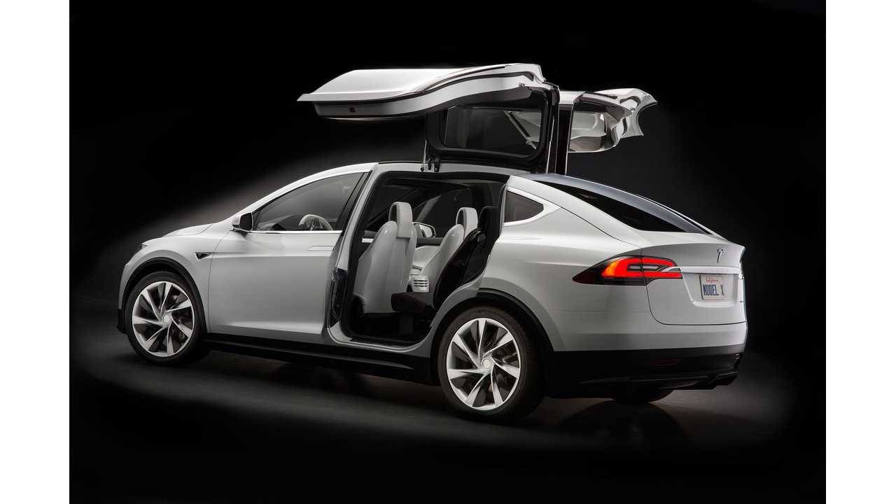 The Tesla Model X FINALLY Goes Into Wide Production In H2 Of 2015