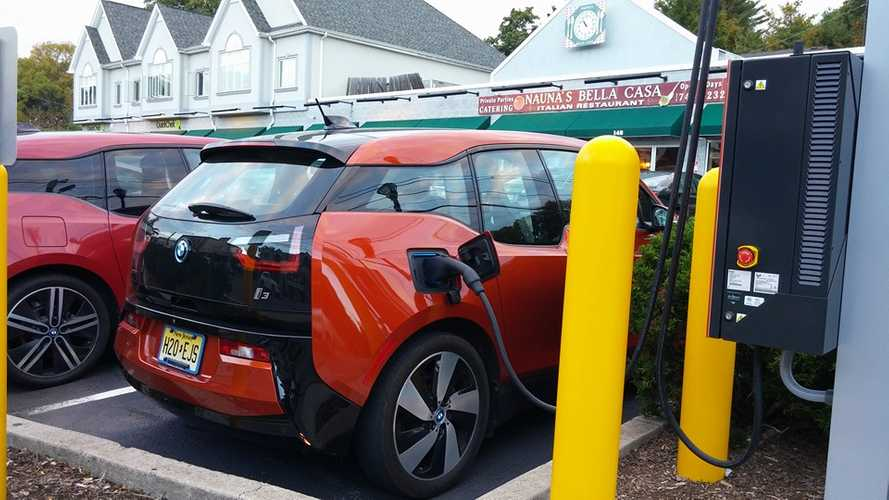 BMW Charging Infrastructure Discussions With Execs From LA Auto Show – Part 2
