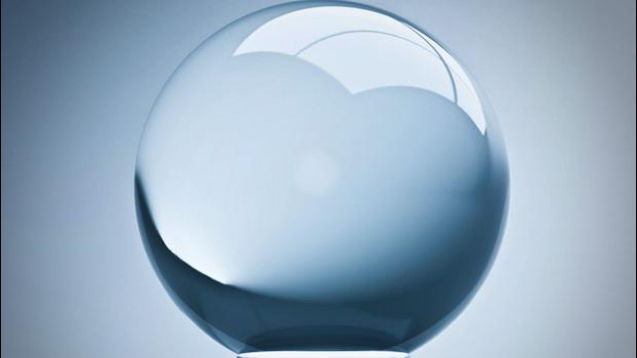 [Copertina] - Anno 2013: la sfera di cristallo di OmniAuto.it