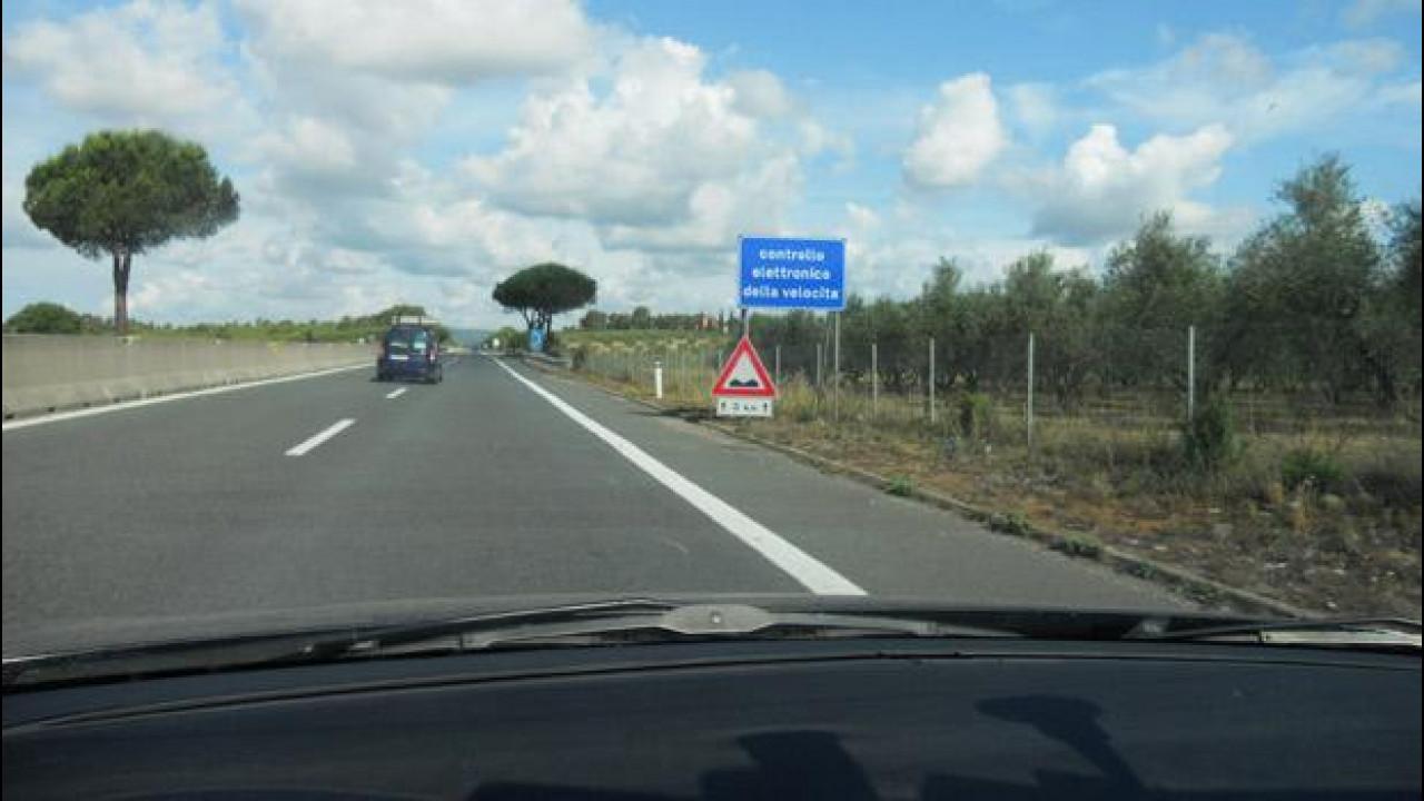 [Copertina] - Autovelox in autostrada col limite di 60 km/h: tu rallenti e il Tir ti schiaccia