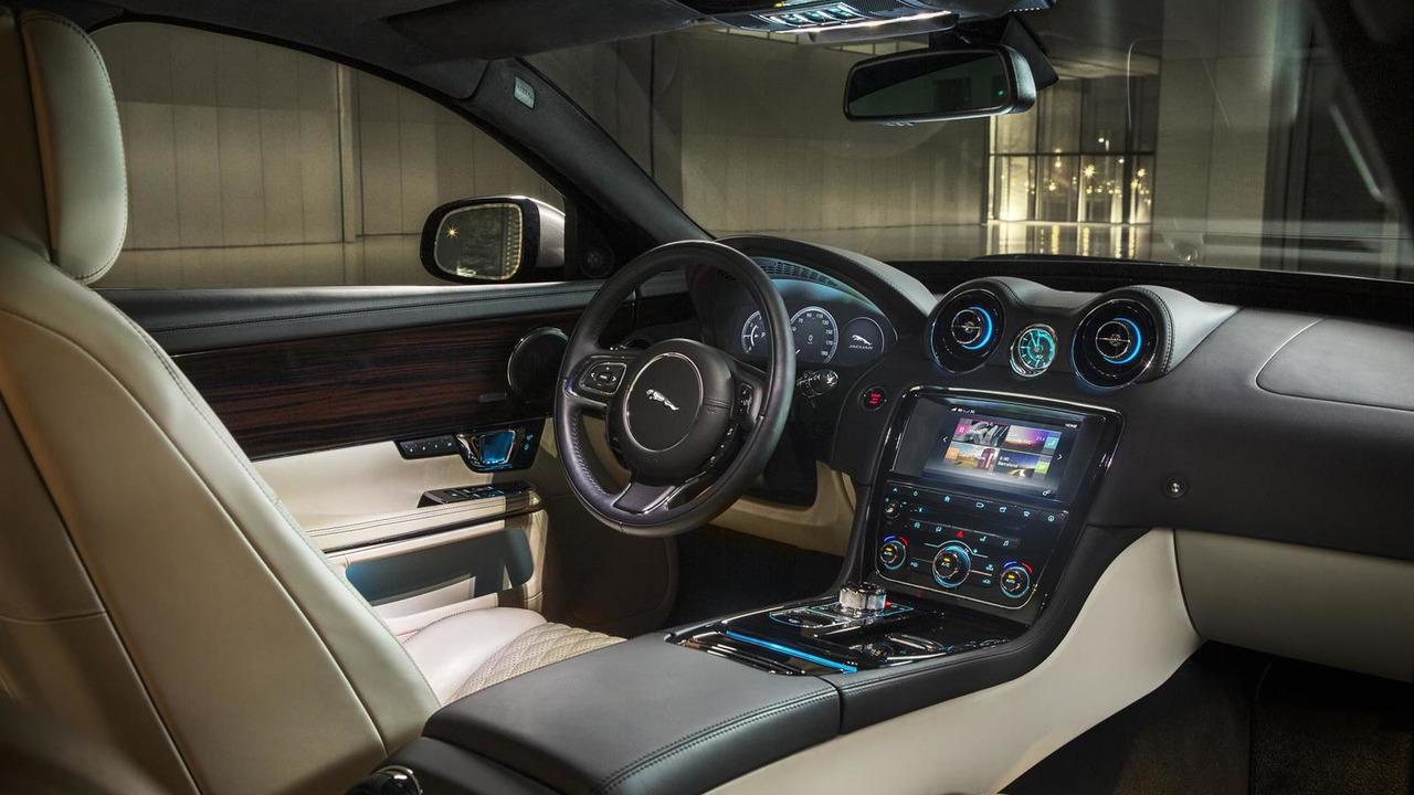 The interior of the jaguar XJ Autobiography