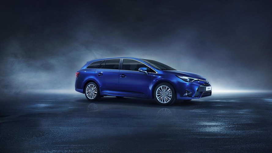 Toyota Avensis Axed Because Of Poor Demand
