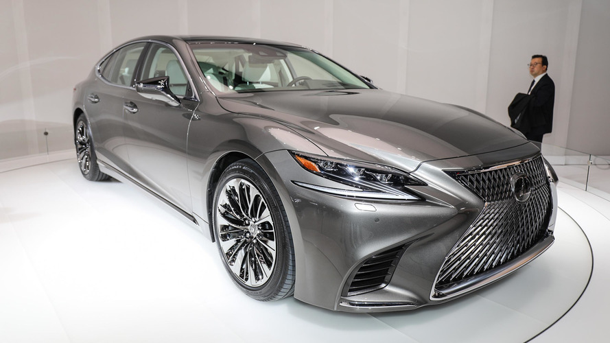 Lexus'un aldığı patent LS Fuel Cell'e işaret ediyor
