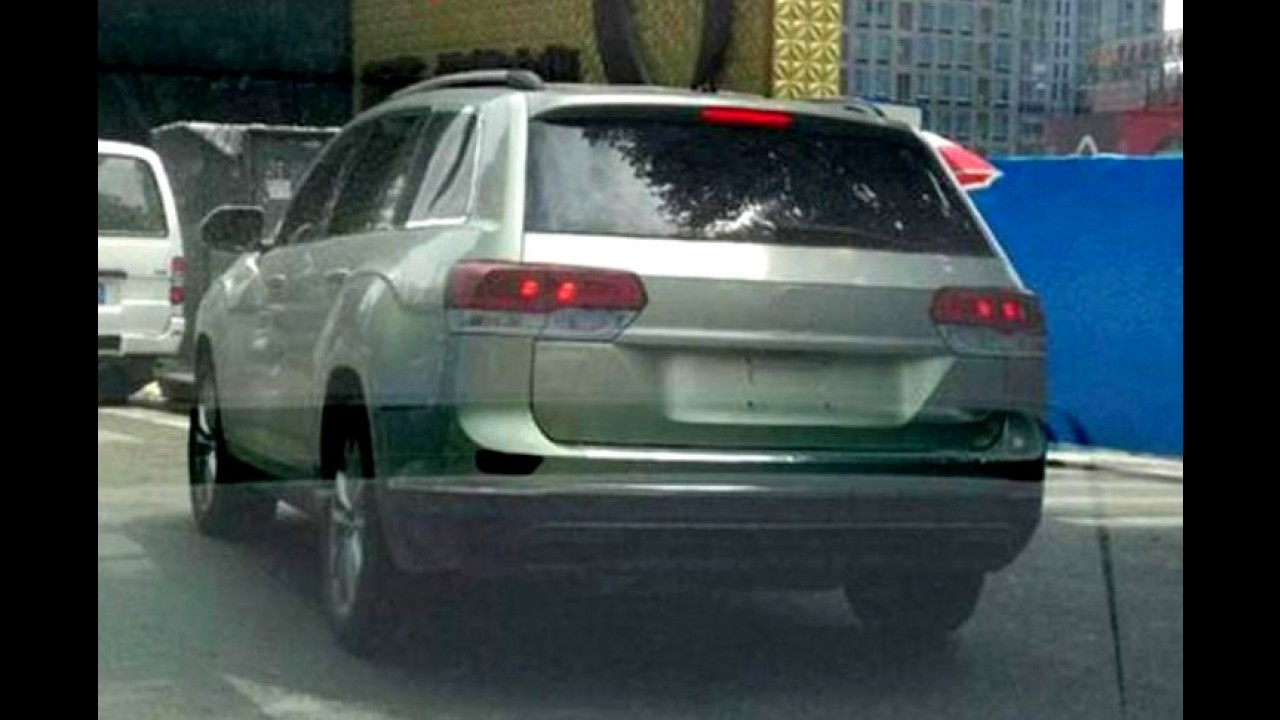 Flagra: Volkswagen CrossBlue em versão de produção é pego na rua