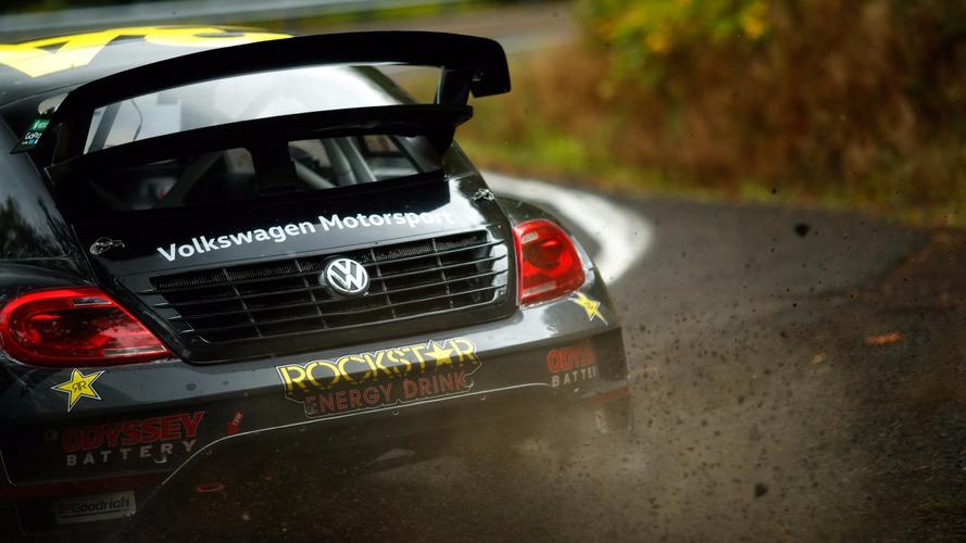 VIDÉO - Tanner Foust part en Rallycross... sur route ouverte !