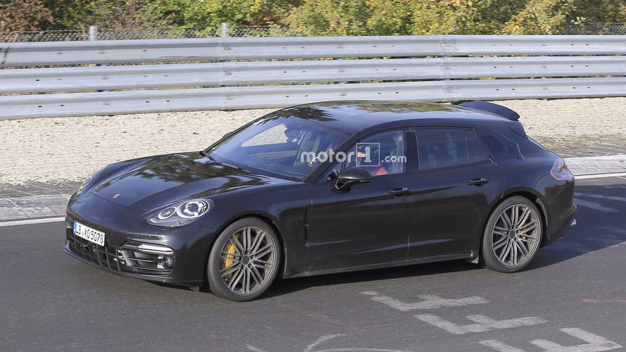 Porsche Panamera - la version Sport Turismo surprise pratiquement sans camouflages