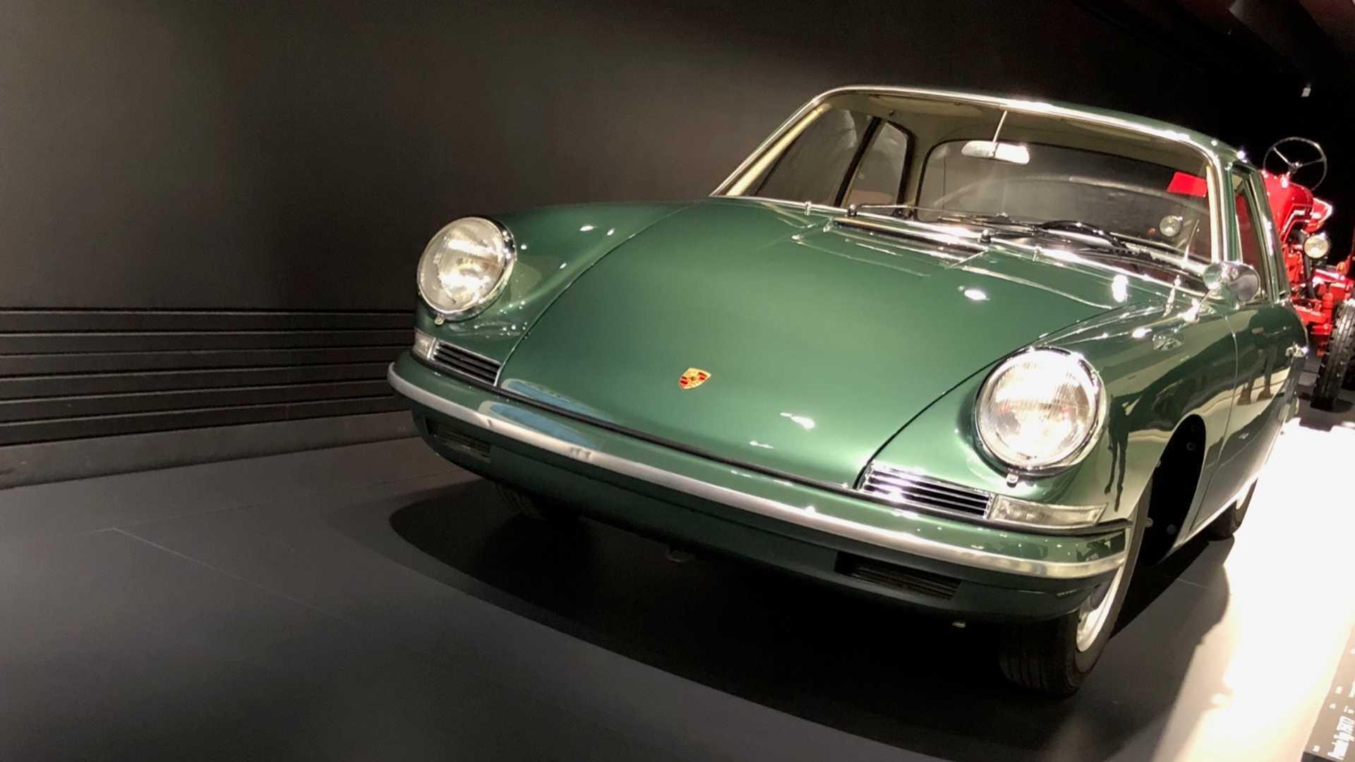"""[""""Porsche Type 754 Prototype""""]"""