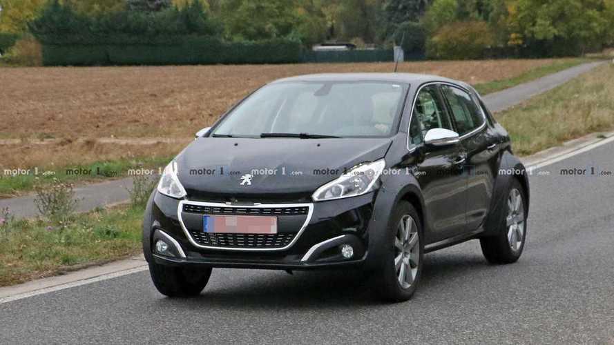 Flagra: Peugeot usa mula do 208 para testar inédito SUV pequeno